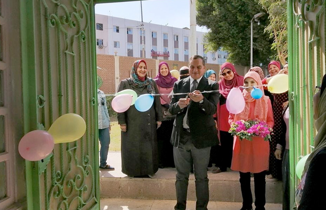 رئيس جامعة سوهاج يفتتح النادي الاجتماعي بمدينة الطالبات